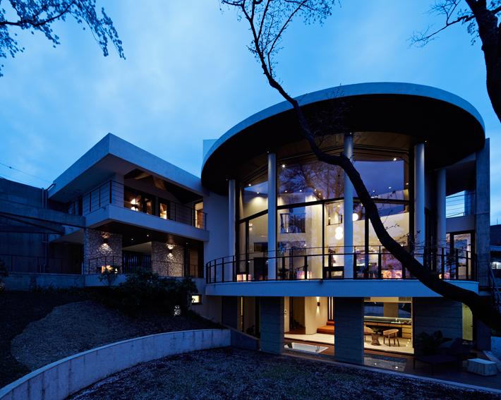 a-house_010.jpg